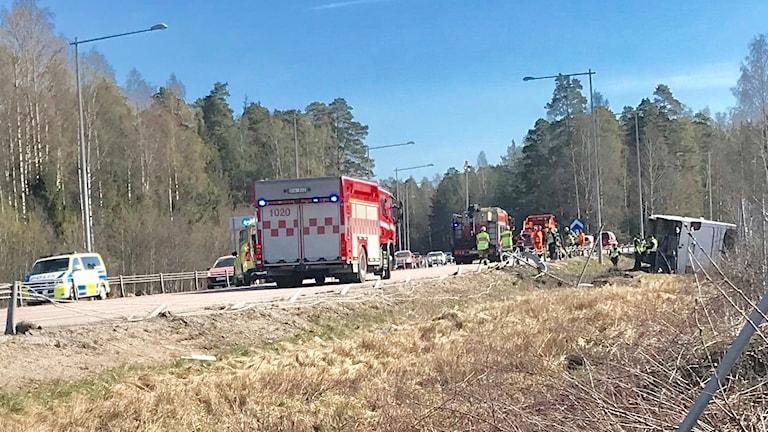 Bussolyckan inträffade nära avfarten mot Örebro från Karlskogahållet.