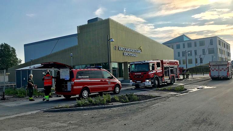 Nerikes Brandkår vid Änglandaskolan.
