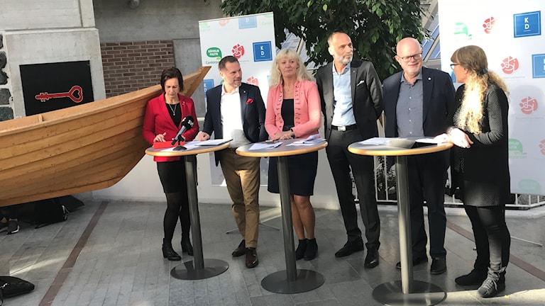 Det nya styret i regionen - Socialdemokraterna, Kristdemokraterna och Centerpartiet.