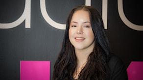 Lisa Hübbinette Sundström, en av fyra finalister som tävlar om att stå på O, Hela Nattscenen.