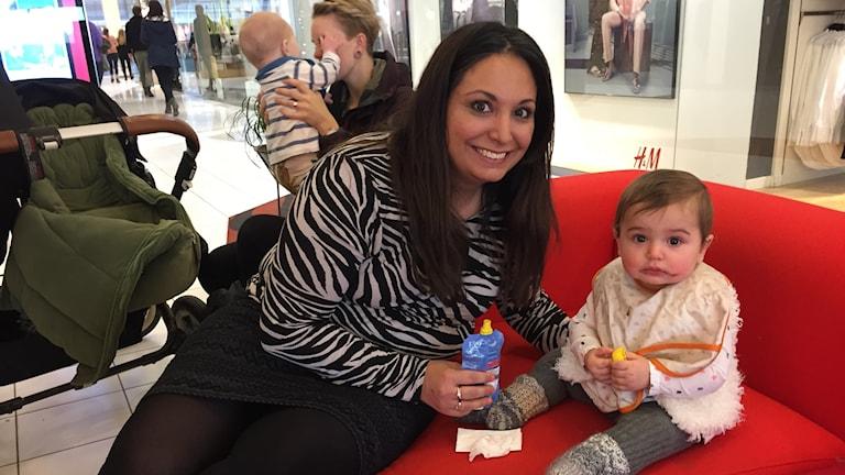 Carolina Ciray och dottern Belle