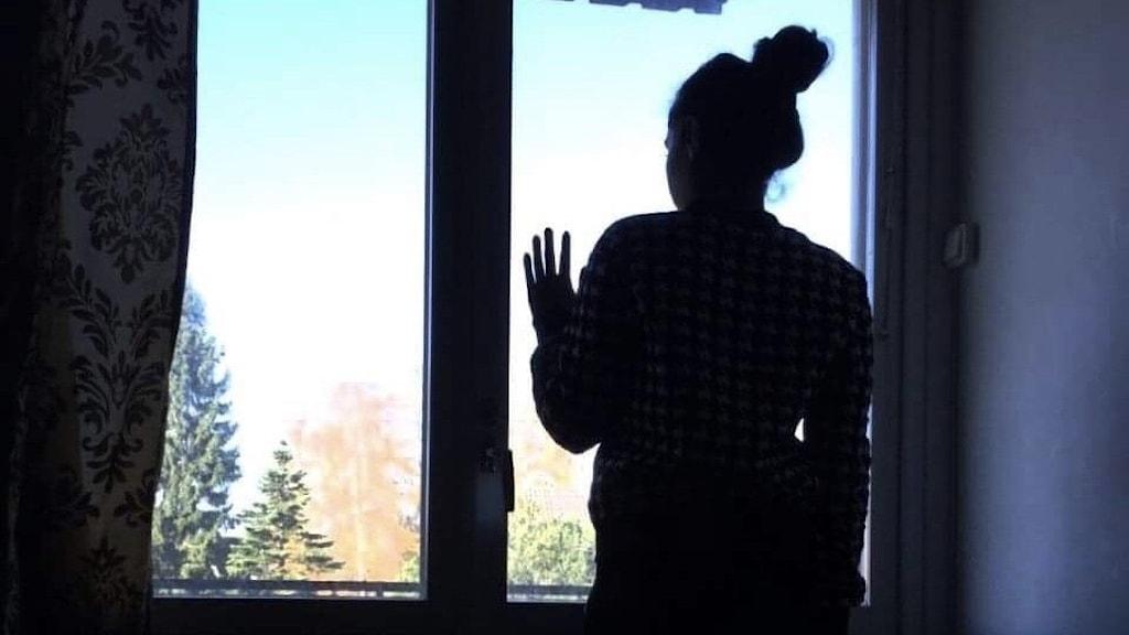 """""""Maja"""" är en av de tusentals som fått nej till uppehållstillstånd från Migrationsverket, men som ändå är kvar i Sverige och hoppas på ett nytt positivt beslut."""