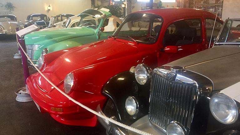 Några av bilarna på museet i Pålsboda.
