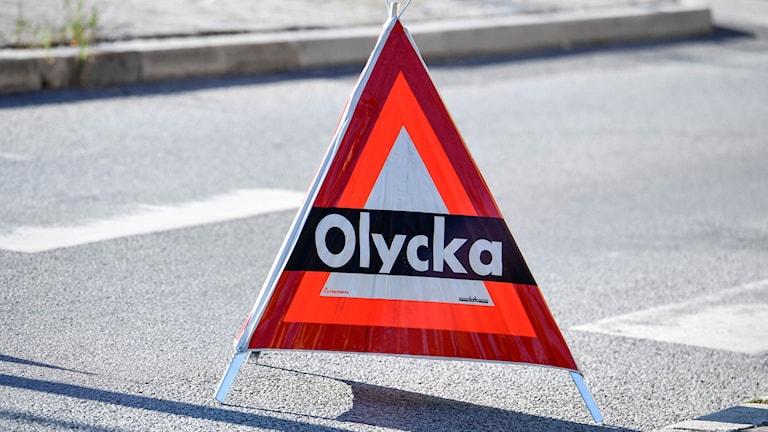Bilolycka på riksväg 50 vid Fingerboda.