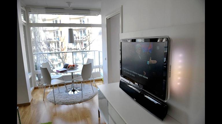 Hälften av lägenheterna i huset har problem med sina tvapparater. Foto: Jessica Gow/Scanpix
