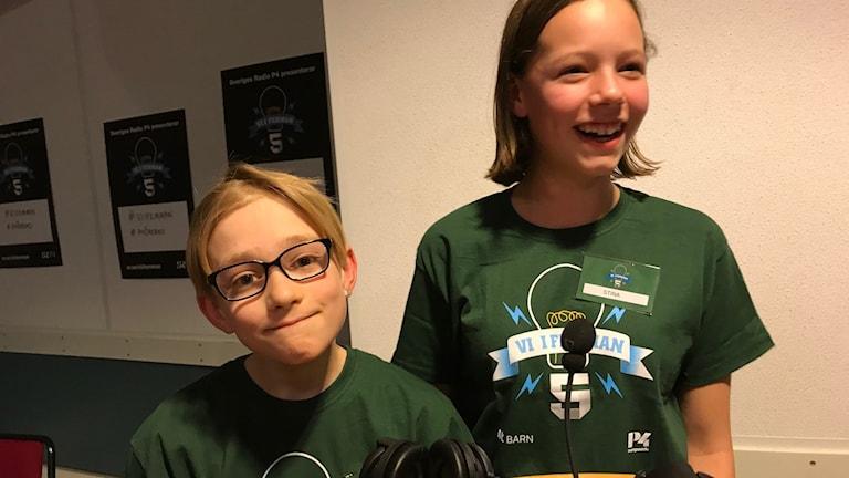 Max Gustafsson och Stina Thegel från Lillåns skola tog hem segern i kampen mot Almby skola.
