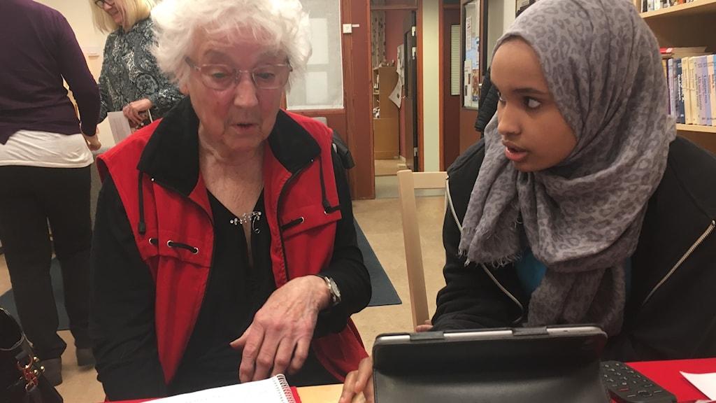 Seniorer får IT hjälp