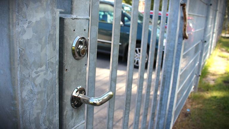 Stängsel, skyddat boende, Karlskoga, lås, dörr