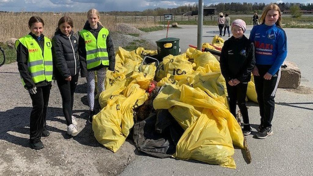Moa Shalén, Märta Enghag, Felicia Sönderkjöge, Elsa Pettersson och Alva Gröndahl i Rynninge IK.