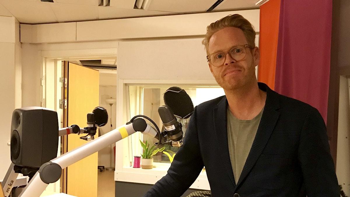 Henrik Andershed professor i kriminologi- och psykologi som har en egen Youtube-serie och nu också blir återkommande gäst i P4 Örebro