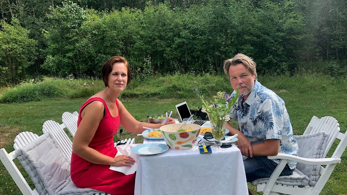 Mange bjuder Karin Sundin, regionråd i Örebro län (S) på lunch