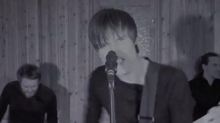 Från Les Gordons nya video Need to feel