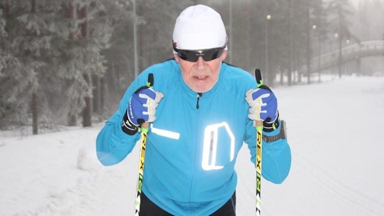 Skid-Åke tränar inför Vasaloppet i Ånnaboda.