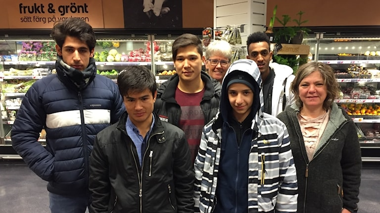 Från vänster: Najeeb Hashimi, Ali Ghaffari, Eshagh Hassanzadeh, Annika Norling-Hjerpe, Nour Barnawi, Bereka Daniel och Mia Konradsson.
