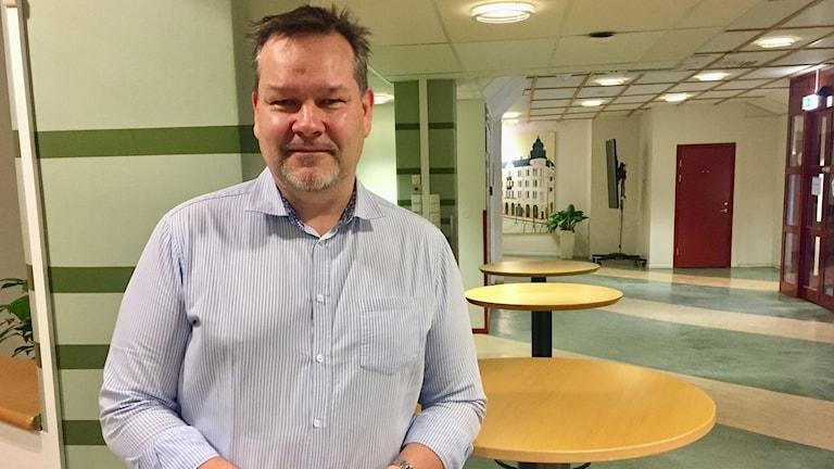 Jonas Triumf är arbetsförmedlare i Örebro.