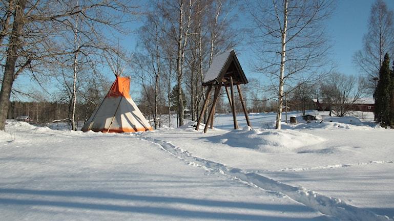 Såhär såg det ut när Lovisa tältade på vintern.