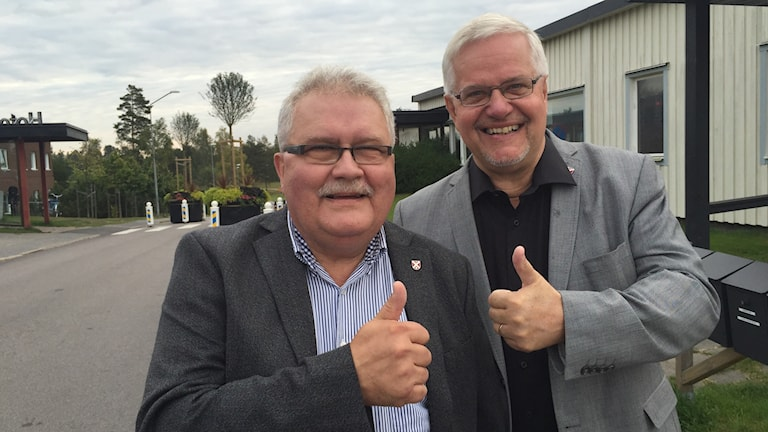 Utvecklingschef Mats Fransson och kommunalrådet Bo Rudolfsson (Kd) är nöjda idag.