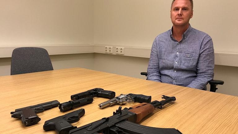 Polisen har gjort flera vapenbeslag