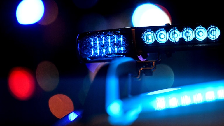 Blåljus, polis, utryckning, natt, polisen