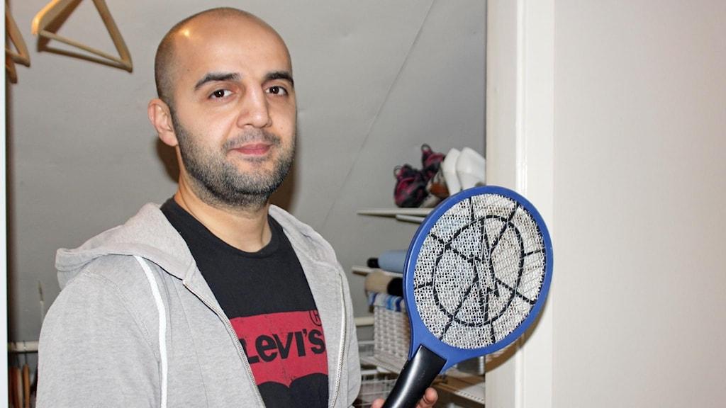 Ara Sahak har fobi för fjärilar och hajar.