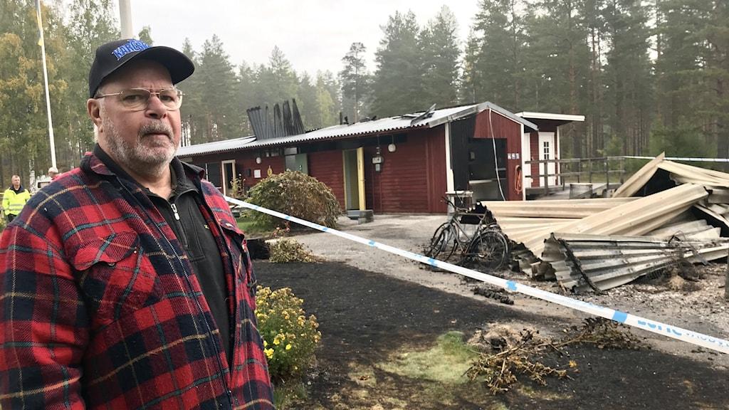 Dick Björkman från föreningen som driver badet vid Ölsjöbadet