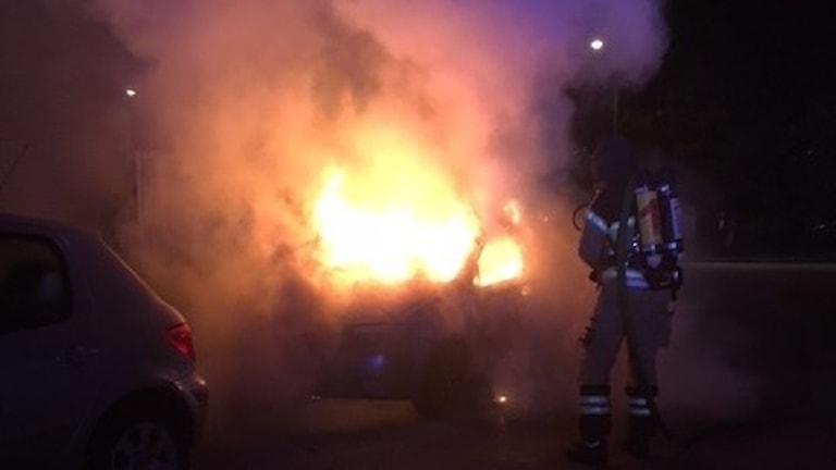 Bilbrand på Sandviksvägen i Karlskoga.