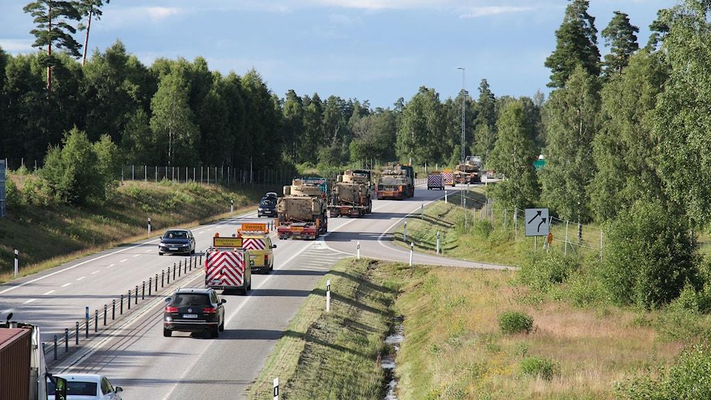 militär transport stridsvagn
