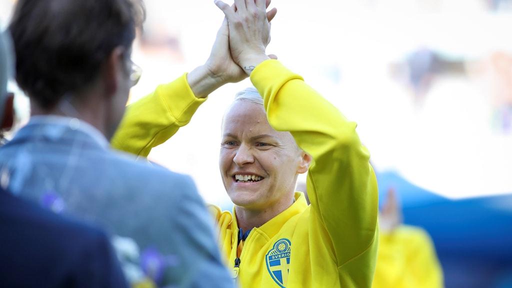 Landslagsstjärnan i fotboll 34-åriga Nilla Fischer kommer att återvända till Linköpings FC och damallsvenskan.