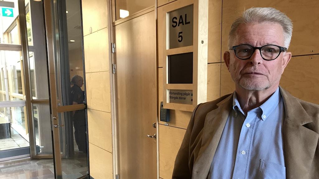 Nils Ahlberg, tidigare spaningsledare. Dubbelmordet Linköping. Rättegång. Linköpings tingsrätt.