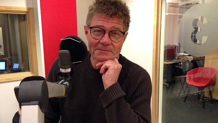 Martin Kylhammar i radiostudio