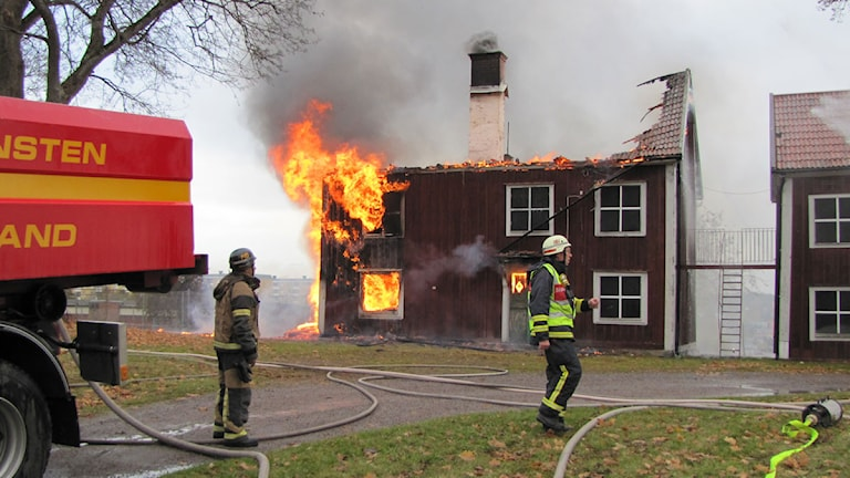 Branden på Hageby gård Foto: Viktor Levander / Sveriges Radio Östergötland
