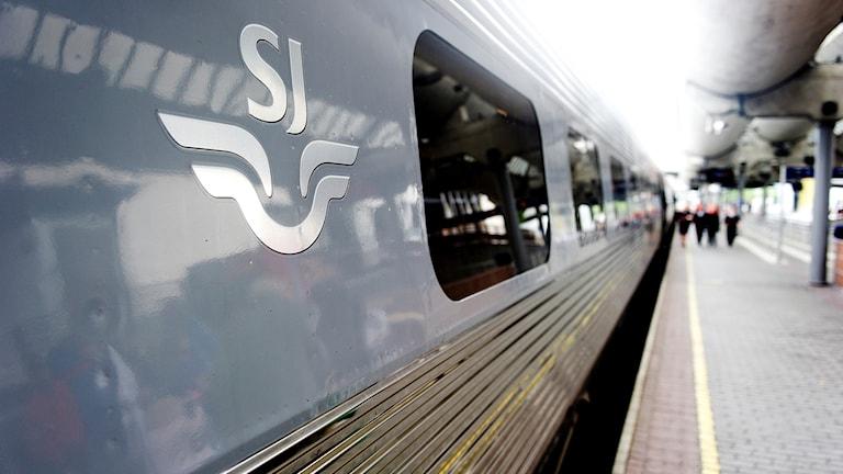 SJ-tåg på station.