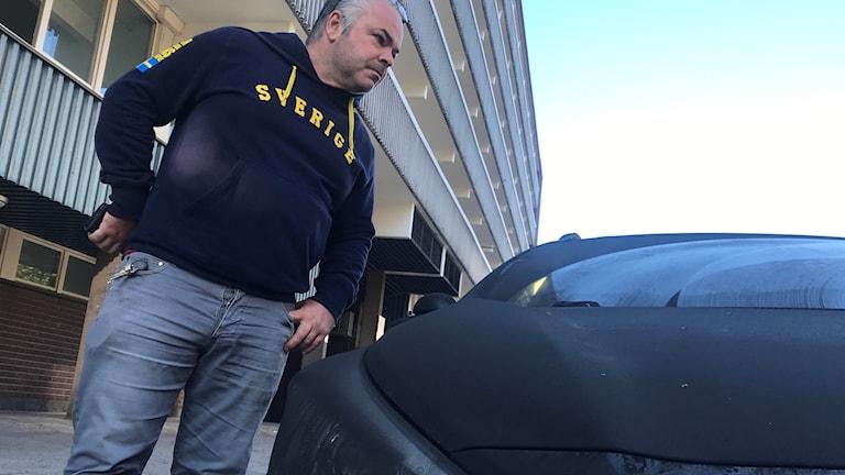 Jörgen Elmegren tror inte att hans bil går att rädda.