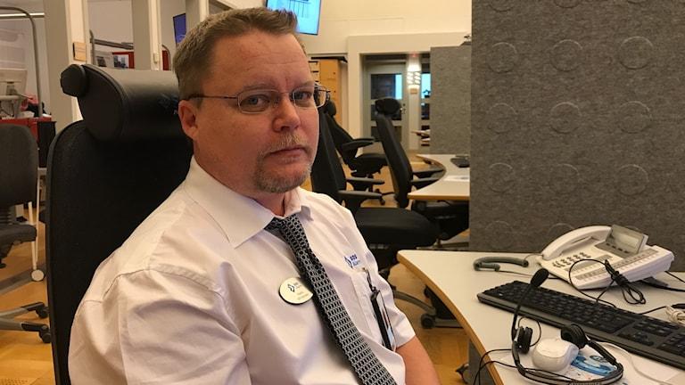 Patrik Johansson, 112-operatör.