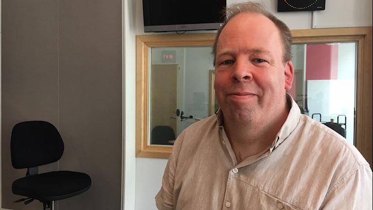 Mathias Lundvik påminner om att alla barn inte ser fram emot att komma tillbaks till skolan.