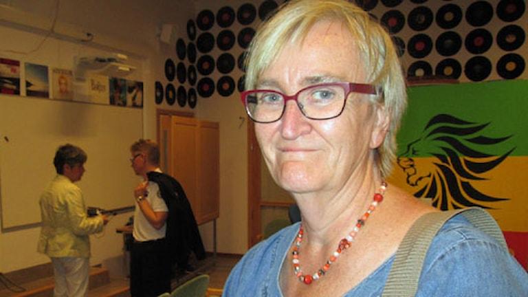 Karin Lång, rektor på Rosendalsskolan. Foto: Lovisa Gelin/Sveriges Radio
