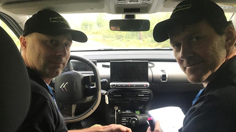 Rallyföraren Mikael Hallqvist och kartläsaren Ronny Maxe Rally SM