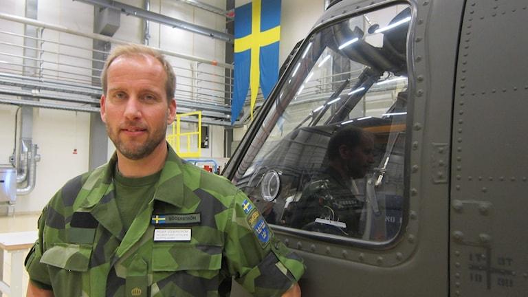 Peder Söderström, chef för Helikopterflottiljen på Malmen i Linköping. Foto: Raina Medelius/Sveriges Radio