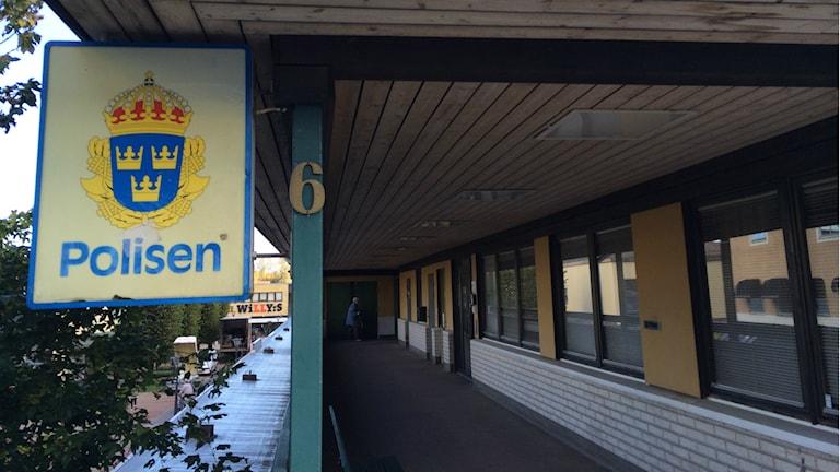 Polisstationen Åtvidaberg, en av de nedläggningshotade stationerna. Foto: Tahir Yousef/Sverigesradio.