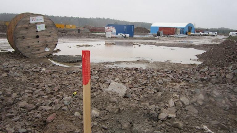 Här ska byggas radhus. Byggplats i Vallastaden november 2014. Foto: Raina Medelius/Sveriges Radio