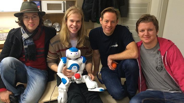 Tore Haglund, Fredrik Löfgren, Docent Fredrik Heintz, Sebastian Gustafsson. Institutionen för datavetenskap LiU.