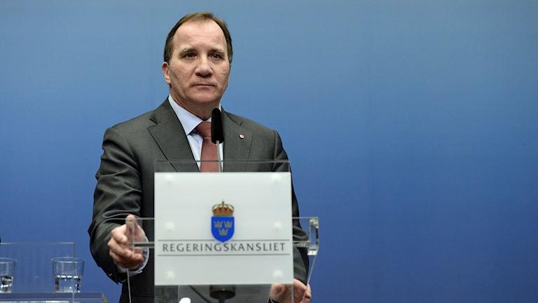 Statsminister Stefan Löfven håller presskonferens och utlyser nyval efter onsdagens budgetvotering. Foto: Pontus Lundahl/TT
