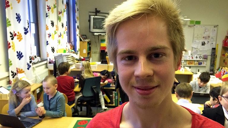 Marcus Nygren från den ideella föreningen Coderdojo. Foto: Jessica Gredin/Sveriges Radio