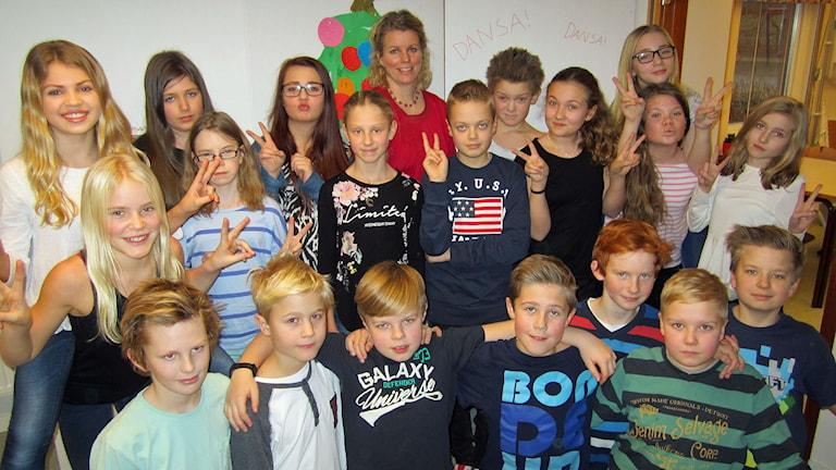 Dansäterskolan Vråken 5A i Borensberg tävlar i Vi i femman 2015