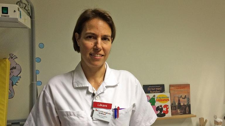 överläkare Katrin Furuhjelm på universitetssjukhusets barnmottagning. Foto: Raina Medelius/Sveriges Radio