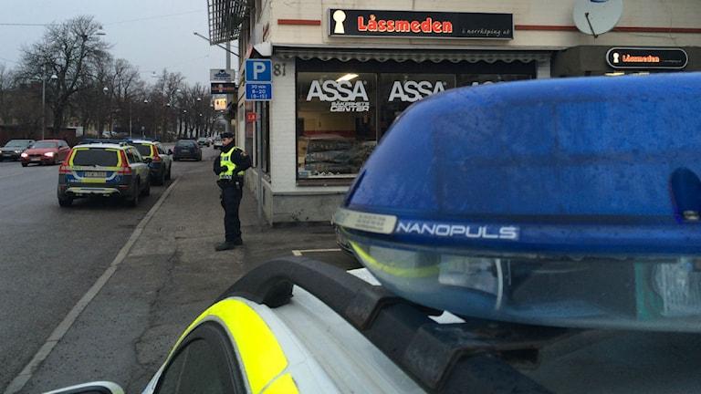 Polisen slog till mot Hells Angels lokaler i jakt på narkotika. Foto: Christian Ströberg/P4 Östergötland