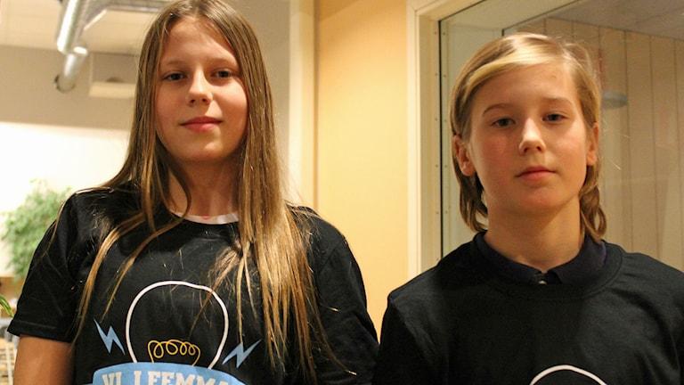 Miranda Karlsson och Lukas Wiktorsson från Jönsbergska Idrottsskolan 5 A i Norrköping. Foto: Cecilia Osorio/Sveriges Radio