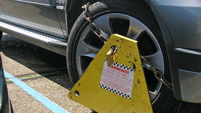 Låst hjul. Foto: tico24 (CC BY 2.0)