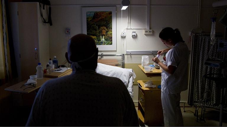 sjuksköterska på sjukhus.Foto: Tore Meek/TT