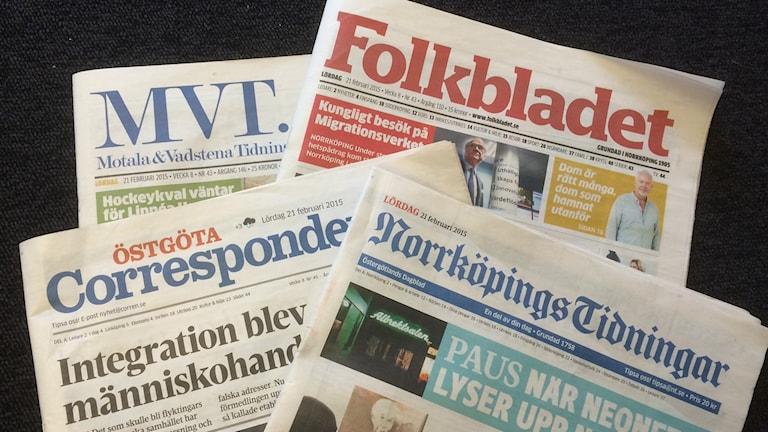 Fyra tidningar. Foto: Christina Turesson/Sveriges Radio.